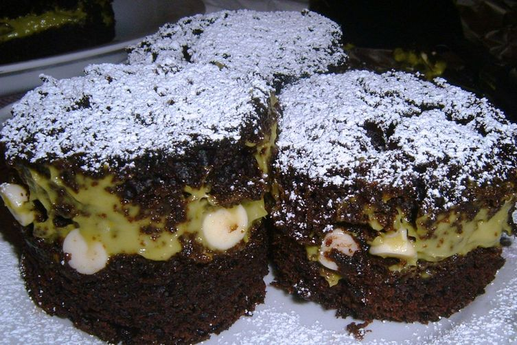 Chocolate Cake with Avocado Mousse