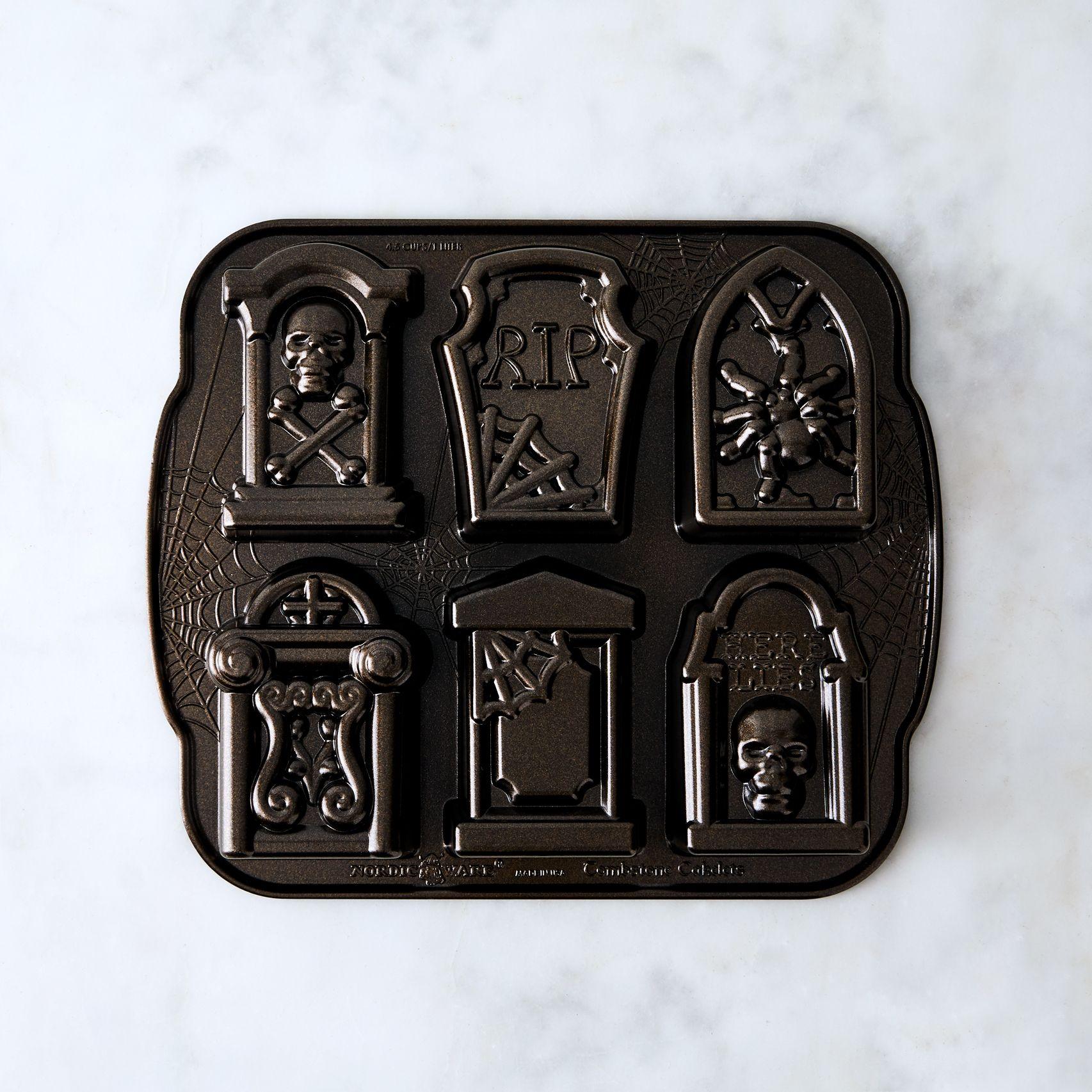 baking pans by Virginia Majerus