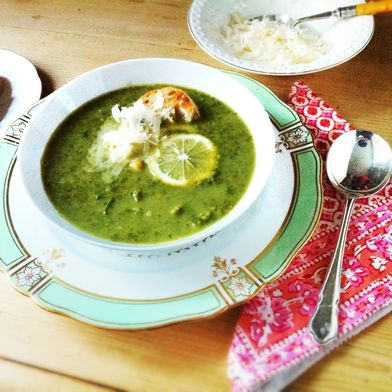 Kale and Chickpea Soup with Lemon
