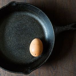 How to Make the Perfect Fried Egg