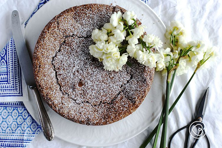 Elizabeth David's flourless chocolate cake – an idea for Father's day surprise