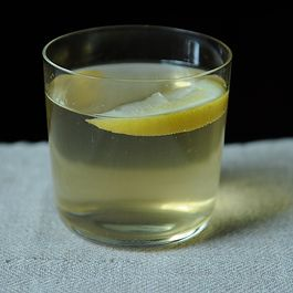 Lemon and Sherry Spritzer (aka Rebujito)