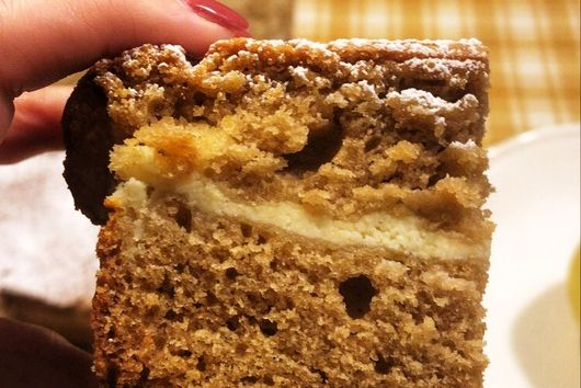 Cheesecake-stuffed Cookie Butter Bread