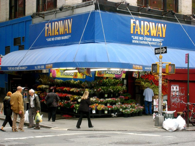 It's a Big Box Grocery Store World—And There Could Be a Better Way