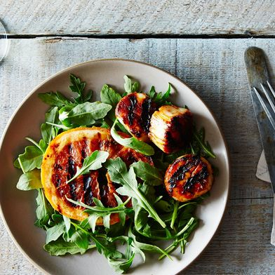 Grilled Scallops Skewers with Ruby Red Grapefruit and Chile Glaze