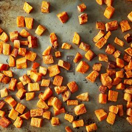 79a56d49-05d1-4924-9b80-d347e7a67ffd--2014-0114_gena_sweet-potatoes-coconut-oil-002