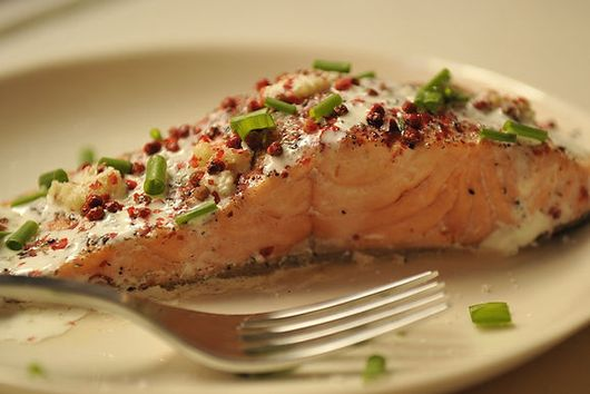 Dinner Tonight: Salmon + Addictive Asparagus