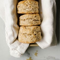 Maple Oatmeal Biscuits