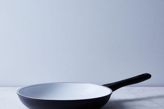 ZWILLING Carrara Nonstick Ceramic Fry Pan With Bonus Spoonula