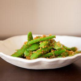 Sugar Snap Peas with Lemon-Chili Breadcrumbs