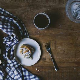 34503589 cff1 4251 a6b5 059524a5cc3f  taro milk tea roll le jus dorange 40