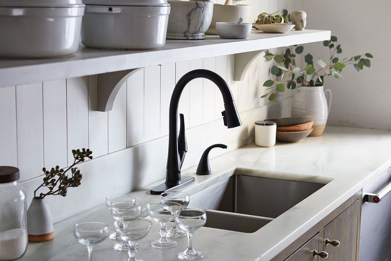 Get back to the party fast, you fabulous party-thrower (with a little help from Delta Faucet ShieldSpray™ technology).