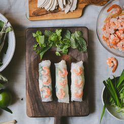 Vietnamese Pork and Shrimp Spring Rolls (Gỏi Cuốn)