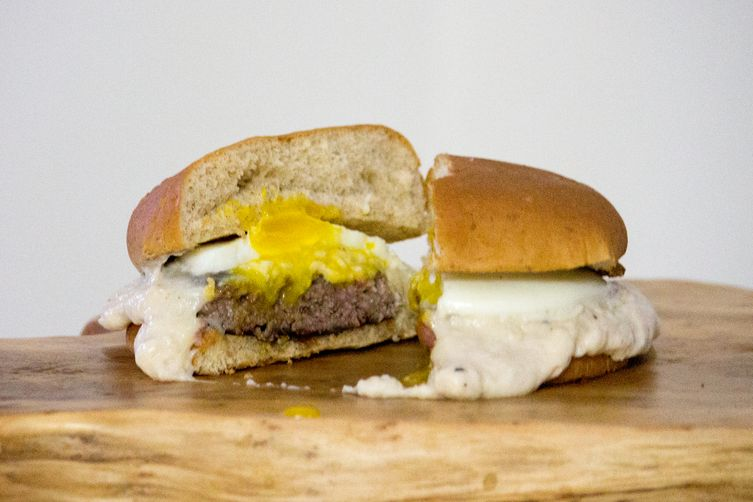 Croque Madame Burger