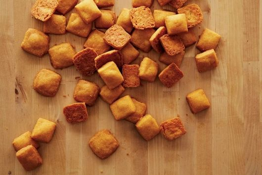 How to Make Cheez-Its at Home