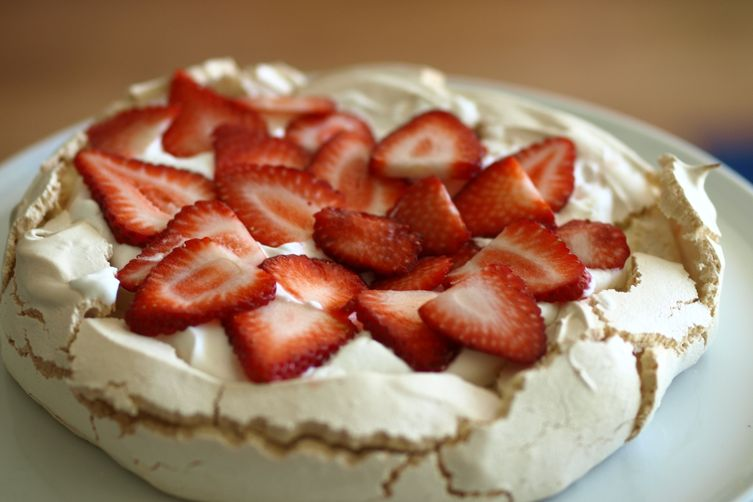 Australian Pavlova with Seasonal Fruit
