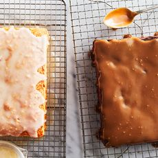 6b25fa18 dbef 4e7b ada3 2e615c156922 cakes gartland glazed horiz