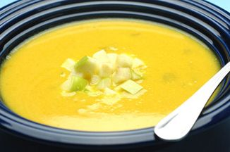 510bca80-ff1f-432d-bad8-de9deee0c63d.creamy_yellow_squash_and_apple_curry_soup_with_toasted_coconut