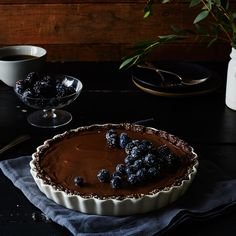 A No-Bake Chocolate Tart That's Extra Creamy (and Vegan!)