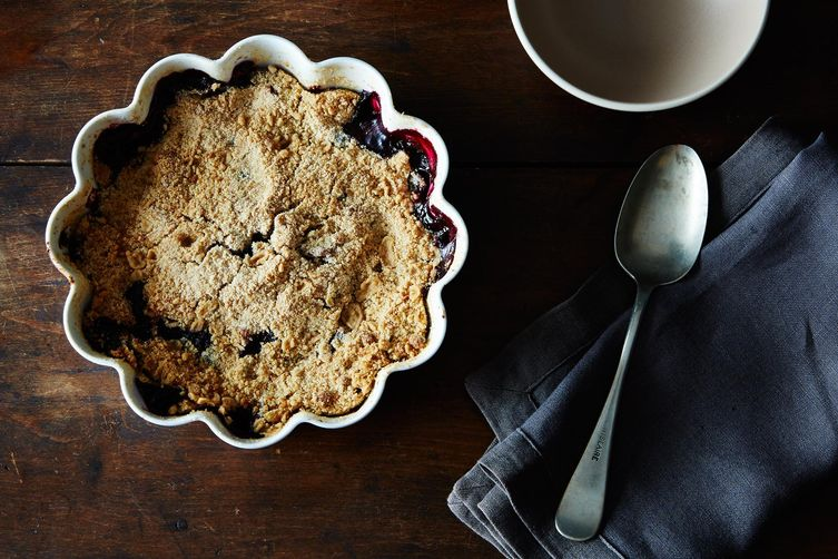 Blueberry Plum Crumble