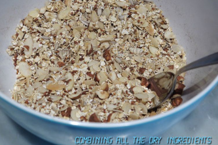 Nutty quinoa oat granola