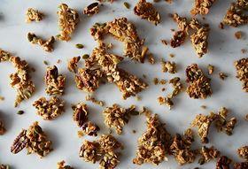 7fbf549d 572f 4937 879c a1cf41124228  2013 0913 how to get clumpy granola 130