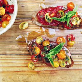 Summer Tomato Tartines with Garlic Confit