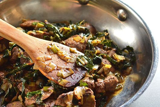 Chicken Livers with Leeks and Kale