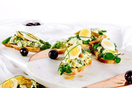 Artichoke and Spinach Crostini