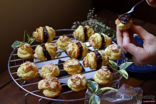 AIP Coconut Macaroon Kisses