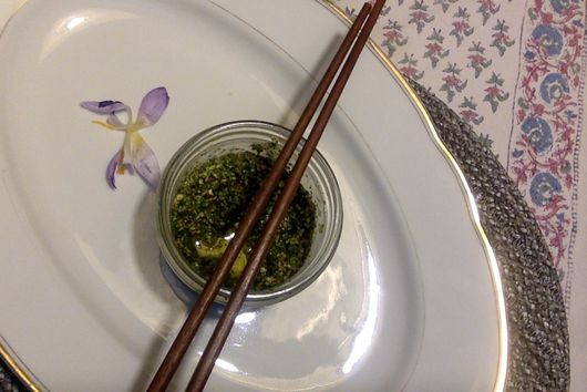 Carrot-Top Pesto on Mint Udon