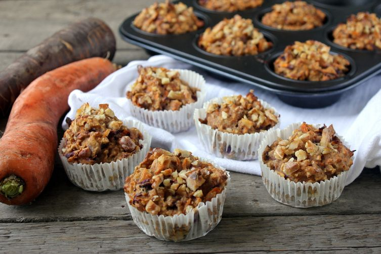 Breakfast carrot cake muffins