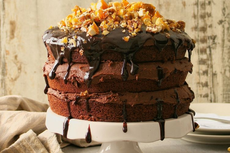 Vegan Chocolate Nut Brittle Cake