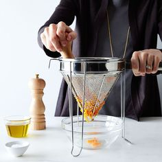 How to Clean a Fine Mesh Strainer