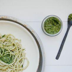 Vegan Spinach and Chive Pesto