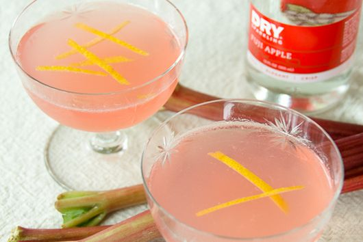 Rhubarb Apple Vodka Collins