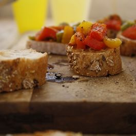 Roasted Bell Pepper Crostini