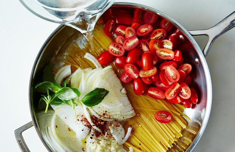 Martha Stewart's One-Pan Pasta Is the Dinner You Can't Mess Up