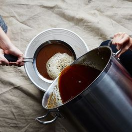 11 Reasons Why Brewing Beer is the Best Holiday Project