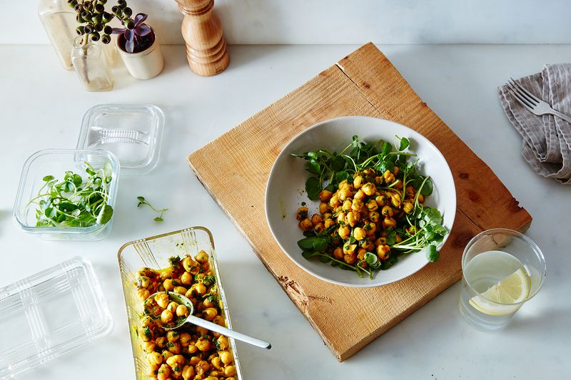 18 dinners to make when your pantrys as empty as your stomach joans on thirds curried chickpeas forumfinder Choice Image