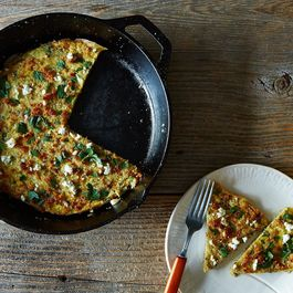 Adb9e212-0d02-46e3-bed8-5b460778379b--2014-1007_herb-feta-and-quinoa-frittata-024