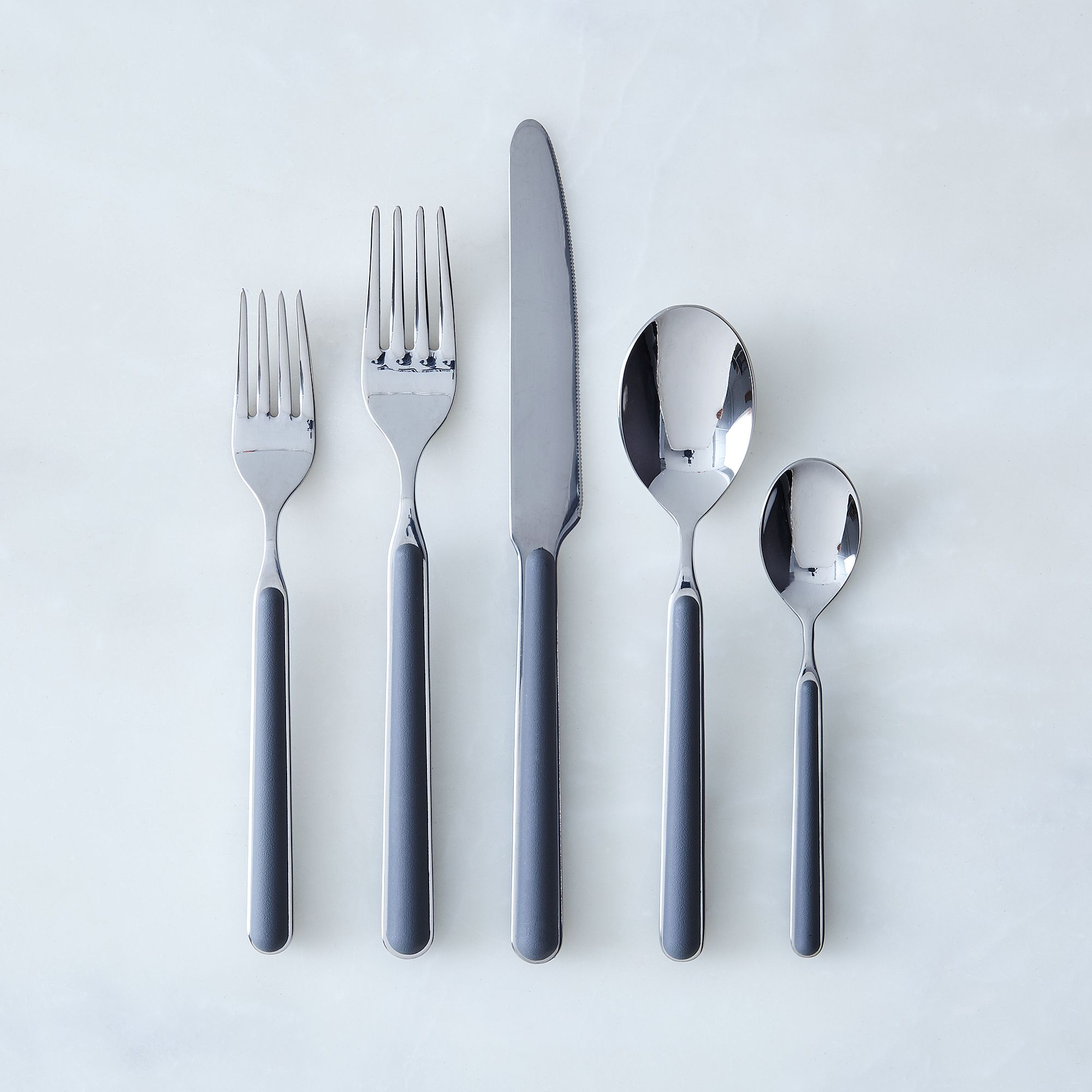 Italian Flatware, Fantasia (5-piece Flatware Place Setting) Grey