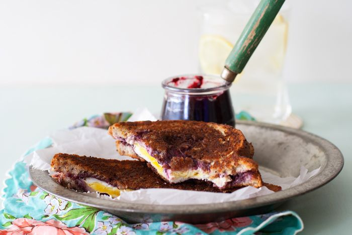 Grilled Goat Cheese, Bacon, and Jam Sandwich