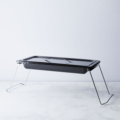 Camping Roasting Pan with Folding Legs