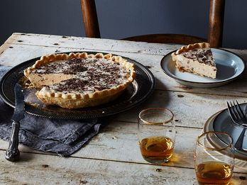 """The World's First Celeb Chef, and His """"Lost"""" Christmastime Pie"""