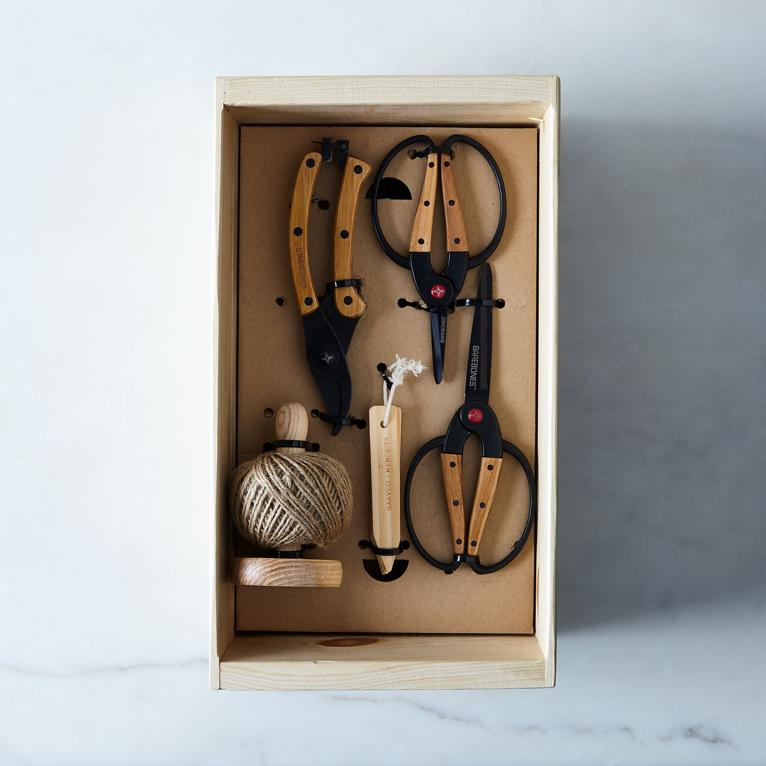 Essential garden tools gift set on food52 for Gardening tools gift set
