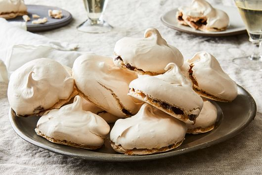 Chewy Chocolate Meringues