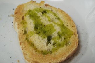 D161deb1-0290-4fa5-b3d9-8e73f48ce6ea--crostini_broccoli_rabe_and_beans_grilled_bread_and_olive_oil