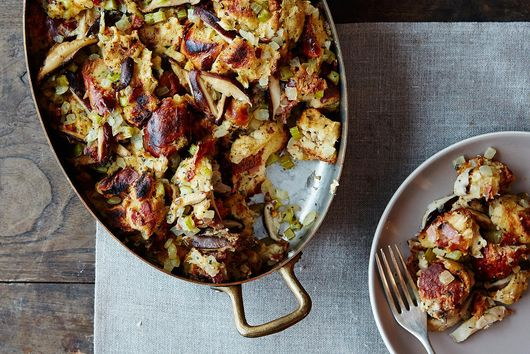 How to Make Stuffing Without a Recipe