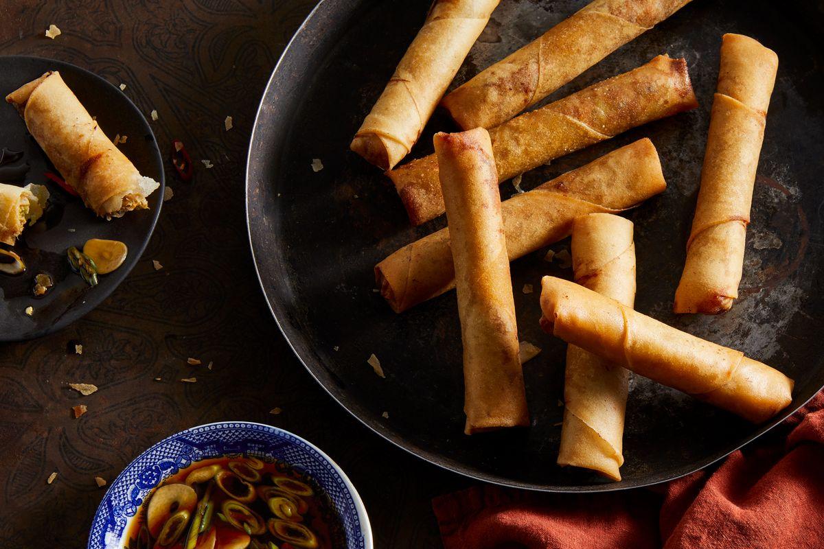 Best Lumpia Recipe Filipino Spring Rolls With Lumpia Sauce